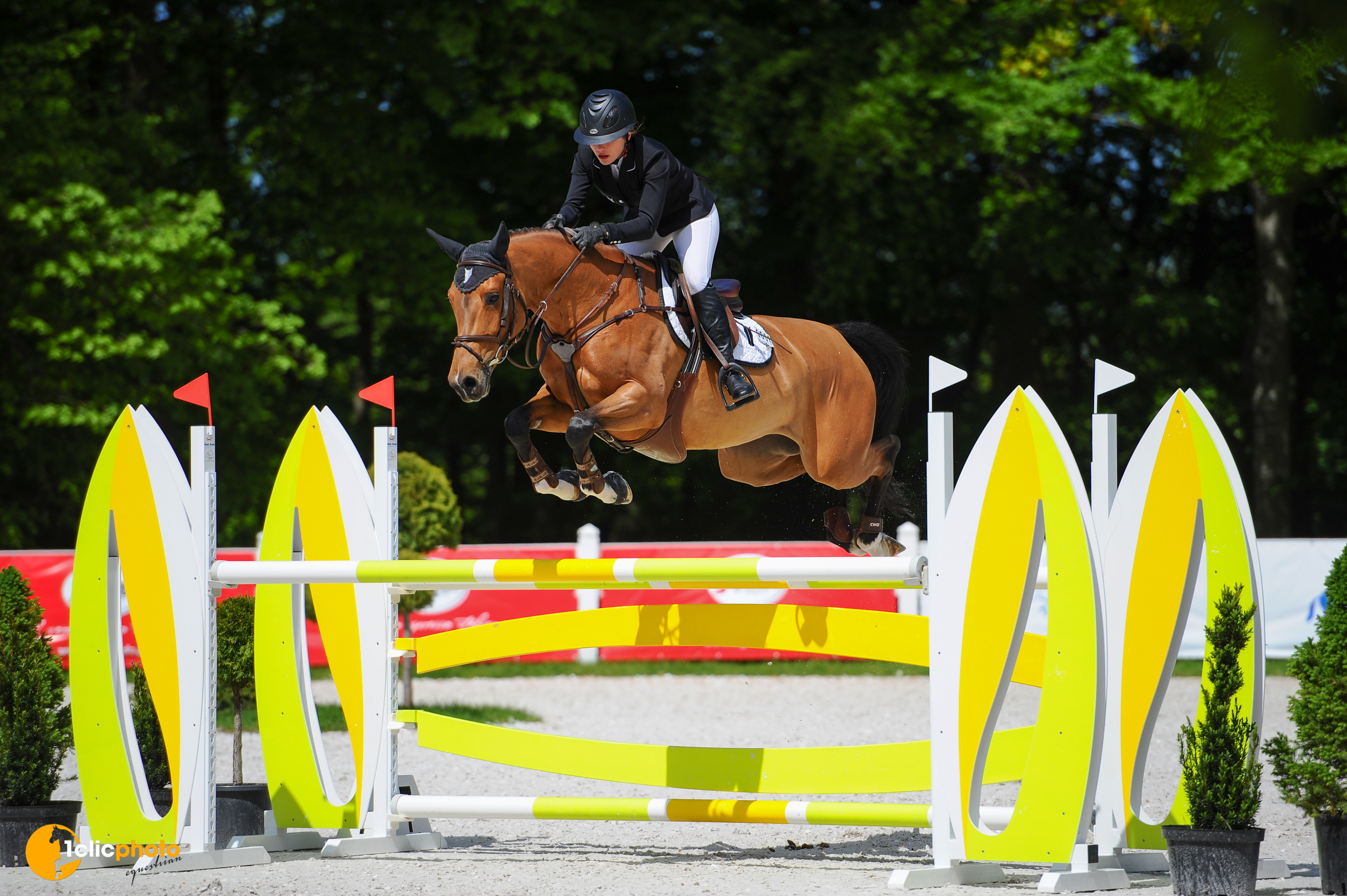 Good start of CSI2* De Warre
