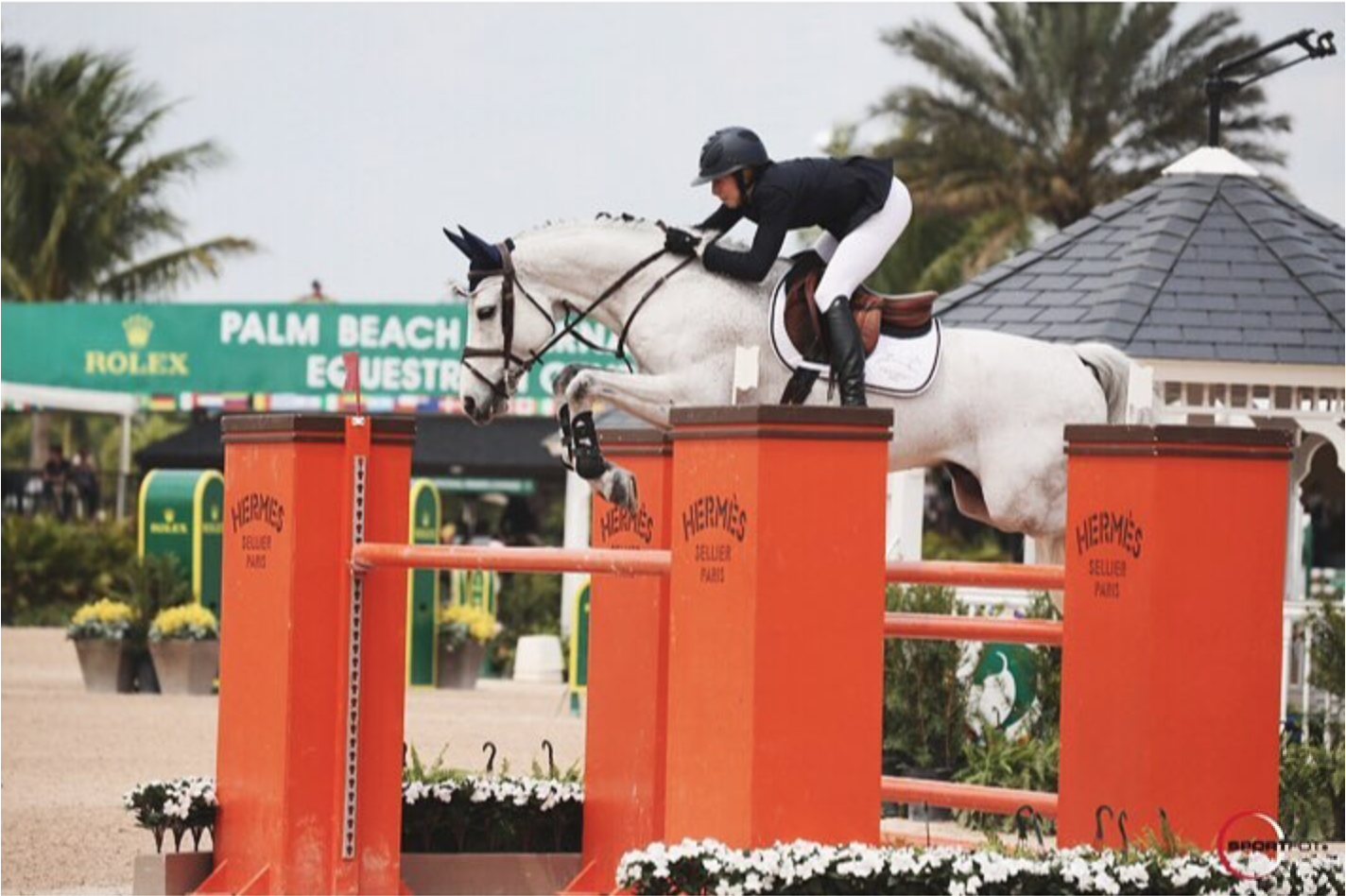 Hannah Selleck and Callway do Cabo win 1m40!